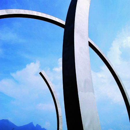 En espiral, 18.00x24.00x24.00. Forum Universal de las Culturas. Monterrey. Nuevo León, México.