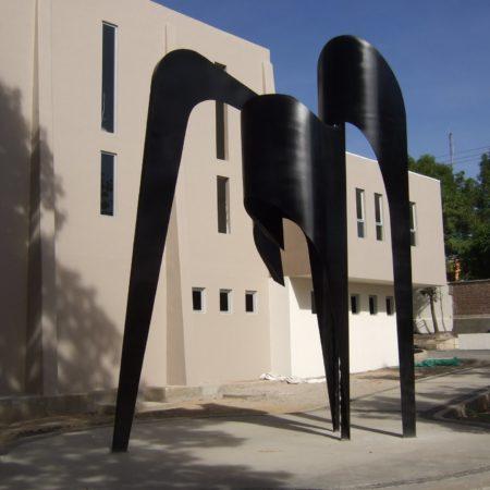 Caminante, 2.50x2.70x1.90. Museo de Monterrey. Nuevo  León, México